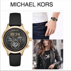 NWT Michael kors smartwatch unisex